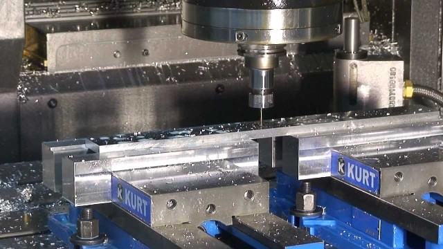 Usinagem CNC Vertical