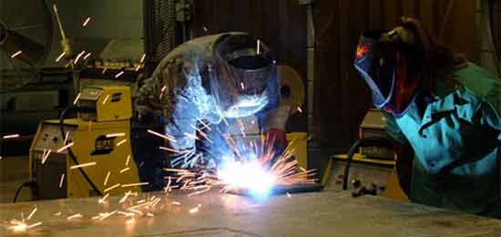Solda em manutenção industrial