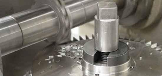 Usinagem em metal mecânica