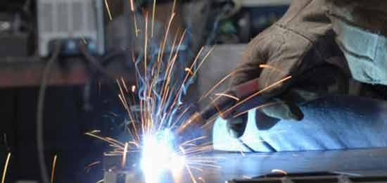 Processo de soldagem em metal mecânica